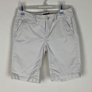 American Eagle- Bermuda Shorts size 00